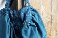 Le sac boule tiré du livre «Lisette», mes carnets de couture, Hachette.