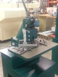 Tennsmith Model 16-18 Notcher with Optional Floor Stand included!!! #Tennsmith