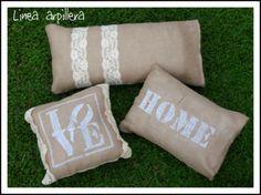 colección cojines arpillera y encaje  arpillera y encaje realizados a mano Stencils, Throw Pillows, Room, Wedding, Painting, Home Decor, Sink Tops, Crochet Cushions, Accent Pillows