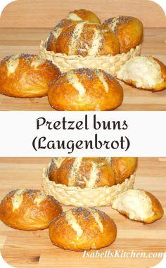Pretzel buns (Laugenbrot) - isabell's kitchen Best Breakfast Recipes, Brunch Recipes, Yummy Recipes, Great Recipes, Dessert Recipes, Favorite Recipes, Baking Soda Bath, Pretzel Bun, Good Food