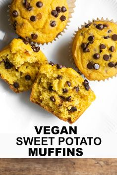 Healthy Snacks These Vegan Sweet Potato Muffins are studded with chocolate chips and are so moist, soft and fluffy. They are healthy, gluten-free, oil-free and just 8 ingredients and made in 1 bowl! So very easy to make! Vegan Sweets, Vegan Desserts, Vegan Recipes, Vegan Ideas, Paleo Dessert, Vegan Chocolate, Chocolate Chips, Cake Vegan, Vegan Cupcakes