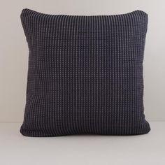Arende — organic cotton cushion, handwoven