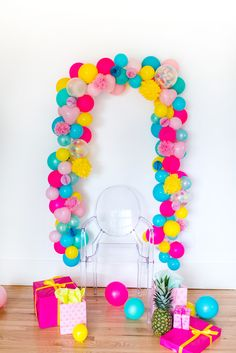 ALOHA BABY! TROPICAL BABY SHOWER | Best Friends For Frosting