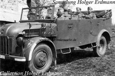 The Steyr 1500 A was quite popular. It was propelled by a Steyr V8 engine with an engine size of 3.5 litres and a power of 85 HP and it had all-wheel drive. The Steyr 1500 A/01 with internall spare wheel was manufactured from September 1941 to around August 1942.