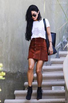 #Look. #VanessaHudgens : la jupe en daim pour une rentrée seventies... A shopper !                                                                                                                                                      Plus