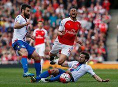 Blog Esportivo do Suíço: Arsenal tropeça em casa e termina rodada atrás do Manchester City