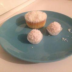 Raffaello - Cupcakes Muffin, Cupcakes, Breakfast, Food, Raffaello, Recipies, Morning Coffee, Cupcake Cakes, Essen