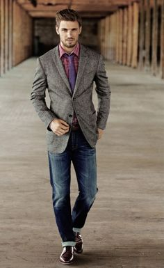 Men's style - love a jacket and tie with jeans! J.Hilburn angelicachadwick.jhilburn.com