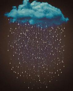 """""""Asıl marifet buluttaydı, Ama herkes yağmura şiir yazdı."""" Cahit Zarifoğlu ✨ #gununsozu #mutlugeceler"""