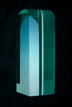 Jiri Karel ENTRANCE TO THE CLOUDS, 2017  Molten, painted, cut and polished glass – float  Informative photo: author