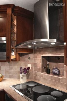 Built-In Cubby Behind Stove, Pull out spices, 5 burner glass top stove