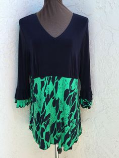 Citiknits plus size 1X navy blue green graphic print long sleeve travel tunic  #Citiknits #Tunic #Casual