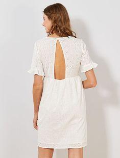 18€ Leggings, Cold Shoulder Dress, White Dress, Dresses, Fashion, Straight Dress, Spaghetti Strap Dresses, Knit Cardigan, Embroidered Dresses