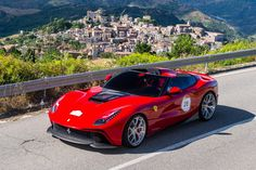 2014 Ferrari F12 TRS: the one-off made for 2014 Ferrari Cavalcade