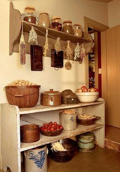 Country Kitchen-Pantry for onions, tomatoes, potatoes etc. Kitchen Pantry, Rustic Kitchen, Country Kitchen, Diy Kitchen, Kitchen Cabinets, Primitive Kitchen Decor, Kitchen Signs, Cupboards, Kitchen Ideas