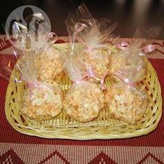 Boules de popcorn à la guimauve @ qc.allrecipes.ca