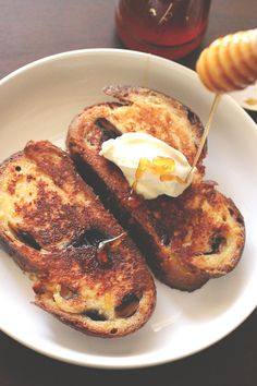 Never Fail French Toast | The Sugar Hit For every 2 pieces of inch-thick toast, you need: 1 egg 2 tbsp sweetener (sugar, honey, maple, agave, whatever) 1/3 cup liquid (milk, half and half, cream, almond milk, soy milk, coconut milk, whatever) 1/4 – 1 tsp flavouring (lemon zest, cinnamon, vanilla, cardamom, rum, whatever)