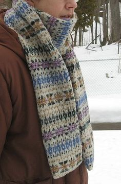 Hermione's Scarf by Freshisle Fibers. Free pattern on Ravelry at http://www.ravelry.com/patterns/library/hermiones-scarf