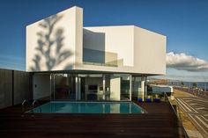 Galeria de Casa na Praia dos Santos / M-Arquitectos - 1
