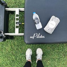 The proper tools for Pilates in the park! Kicked off the morning with reformer pilates for @thelaurenjaclyn! . . . #mobilereformer #reformer #mobilepilates #fitness #pilatesinstructor #womeninbusiness #pilates #physicallyfit #reformertraining #pilateslove #pilatesbody #contrology #pilateswholebody #pilatessandiego #workout #delmar #sandiego #solanabeach #ranchosantefe #getoutside #lajolla #staminaproducts #lajollalocals #sandiegoconnection #sdlocals - posted by Lindsay Marks Reeves…