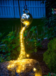 DIY: spilling solar lights #garden_steps_decor