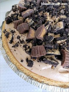 Chocolate Peanut Butter Pie | Megamommy.com