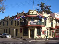 Sydney - City and Suburbs: Glebe, The Nag's Head Hotel Newtown Sydney, Sydney City, Nags Head, Historical Architecture, Old Photos, Australia, Mansions, Hotels, House Styles