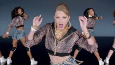Wait, is this an actual dance move? Hips don't lie! | 27 GIFs Of Taylor Swift Dancing Awkwardly In Her New Music Video