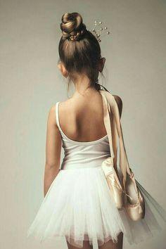 ballet, dance, little girl ballerina Ballet Pictures, Dance Pictures, Tutu, Ballet Barre, Ballet Dancers, Ballerinas, Baby Ballet, Ballet For Kids, Ballet Class