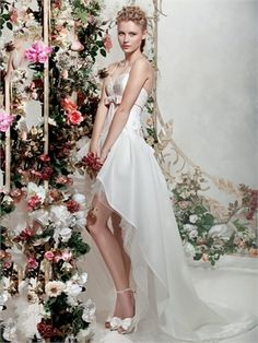 A-line spaghetti strap high -low sweep train wedding dresses  http://www.pronoviasbridal.co.uk/wedding-apparel/a-line-spaghetti-strap-high-low-sweep-train-wedding-dresses-pwd281-p15005.html