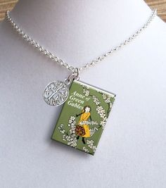 Anne Of Green Gables with Tree Charm -Style 2 - Miniature Book Necklace Anne Of Green Gables, Book Necklace, Anne With An E, Megan Follows, Tiny Heart, Heart Charm, Luanna, Anne Shirley, Book Projects
