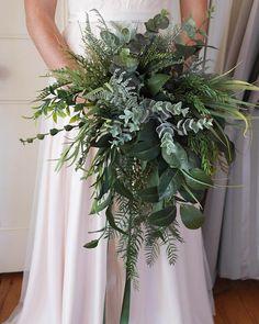 20 Stunning Greenery Wedding Bouquet Ideas we are Loving. // mysweetengagement Stunning Greenery Wedding Bouquet Ideas we are Loving. Fern Bouquet, Eucalyptus Bouquet, Rustic Bouquet, Succulent Bouquet, Boquet, Fern Wedding, Floral Wedding, Wedding Rings, Boho Wedding