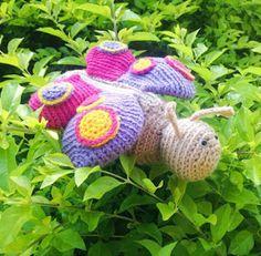 Modernizando o crochê: Estojo borboleta e recado!
