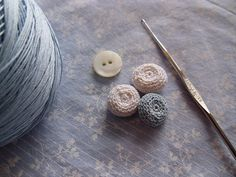 Ravelry: Crocheted Buttons a Different Way pattern by Rebekah Fox Easy Crochet Stitches, Crochet Squares, Thread Crochet, Crochet Crafts, Crochet Hooks, Crochet Projects, Free Crochet, Knit Crochet, Crochet Patterns