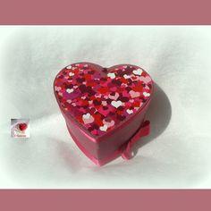 Boite forme cœur déco cœurs ♥♥♥♥♥ rose, boite à secrets, paquet cadeau : Boîtes, coffrets par creasoize