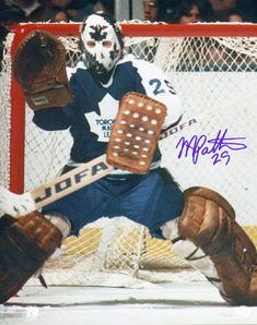Mike Palmateer- he could do magic, one of my favorites growing up as a kid. Ice Hockey Teams, Hockey Goalie, Nhl, Maple Leafs Hockey, The Sporting Life, Goalie Mask, Nfl Fans, Sports Figures, National Hockey League