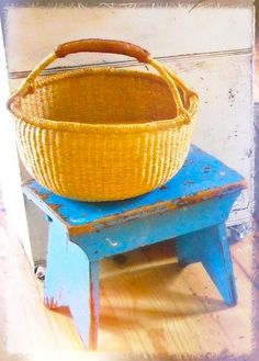 Lovely picnic baskets at food tables with food items in them