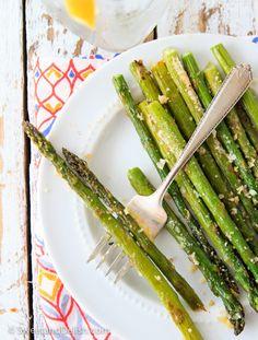 Easy Cheesy Garlic Asparagus