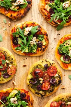 Vegan mini pizzas - Lazy Cat Kitchen mini vegan pizzas macro<br> Vegan mini pizzas are crispy, full of texture and flavour. The dough is made a day in advance and stored in the fridge or can used from frozen. Vegetarian Recipes, Cooking Recipes, Healthy Recipes, Vegan Vegetarian, Vegetarian Appetizers, Cooking Food, Appetizer Recipes, Healthy Foods, Cooking Tips