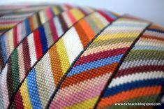 tichtach - en kreativ logbog: Det er kunst for mig Scrap Busters, Needlepoint Pillows, Bargello, Free Knitting, Needlework, Knit Crochet, Cross Stitch, Textiles, Tapestry