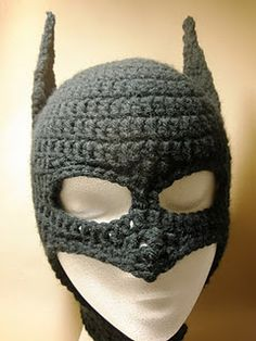 Batman!  Remember when grandma would knit crap that you didn't want to wear and your mom would make you?  Now there is cool stuff and grandma cant see good enough to make it anymore. lol Learn To Crochet, Crochet For Kids, Crochet Crafts, Yarn Crafts, Yarn Projects, Crochet Projects, Crochet Beanie, Knit Crochet, Crocheted Hats
