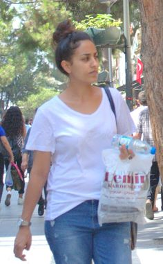 Sexy Turkish girls candid feet and face: french pedicure toes of candid turkish lady