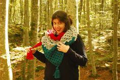 Chal ganchillo navideño tres colores grande por YellowKnit en Etsy