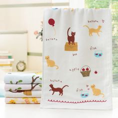 Nursery Hand Towel 25*50cm Children's Thicken Towels with Front Gauze Opposite Bamboo Fiber Towels Pattern Random