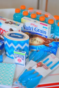 """Floral and Fudge: DIY """"out of the blue"""" care package"""
