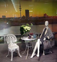 JOI-Design meets #UNGER-FASHION.com! Proudly presenting: The Unger Grand Hotel #Hamburg #WOWWednesday #inthemoodfor #WindowShopping #designedbyus #welovedesign #details #Unger #Hamburg #InteriorDesign #Schaufenster #Dekoration #Gestaltung #UngerFashionHamburg