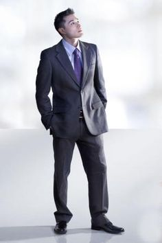 dressing for success essay Years later i read dress for success and began taking this stuff a bit more  seriously when i became a sales executive calling on customers,.