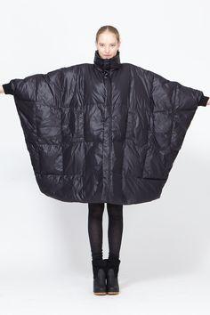 Sculptural Fashion - oversized quilted coat // Henrik Vibskov