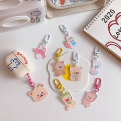Cute Keychain, Keychains, Keychain Ideas, Kawaii Phone Case, Japanese Love, Acrylic Charms, Korean Aesthetic, Love Bear, Softies