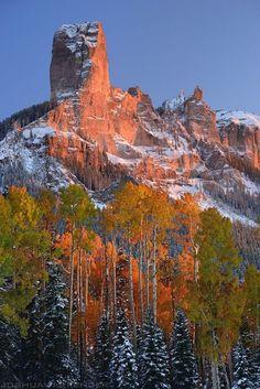 Chimney Peak East of Ridgeway, Colorado / photo by Joshua Warrender Landscape Photos, Landscape Photography, Nature Photography, Colorado Mountains, Rocky Mountains, Beautiful World, Beautiful Places, Amazing Nature, Beautiful Landscapes